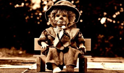 doll-1819915_640